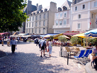Restuarants Opposite Town Hall  A little stretch of restuarants opposite the town hall in St Malo