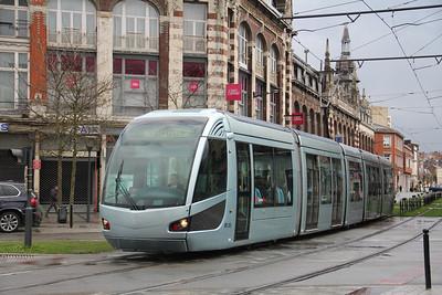 Tramway de Valenciennes M103 Rue de Thoroze Valanciennes 2 Apr 13