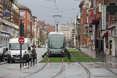 Tramway de Valenciennes M103 Rue de Thoroze Valanciennes 1 Apr 13