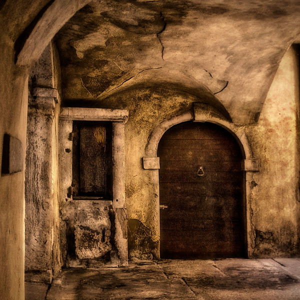 Les Traboules; Hidden Passageway; Lyon; France