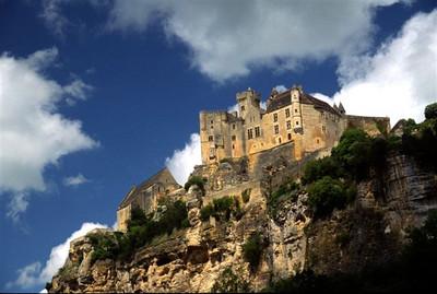 Chateau Beynac-et-Cazenac closer up