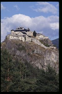 Chateau Queyra, Haut Savoir