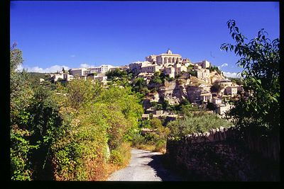 Gordes from a back road