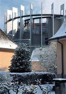 European Parliament in snow (2)