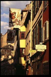 Rue des Fraires