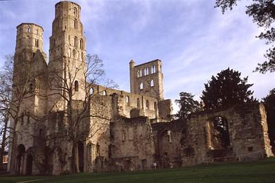 The Benedictine Abbaye de Jumièges ruin (1)