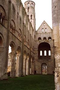 The Benedictine Abbaye de Jumièges ruin (4)