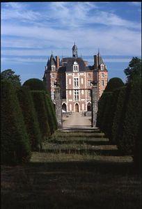 Château in Mènétreol-sur-Sauldre