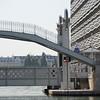 Pont Levant de Crimée lowered for pedestrians