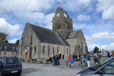 Sainte-Mère-Église and return (Father Normandy 2013)