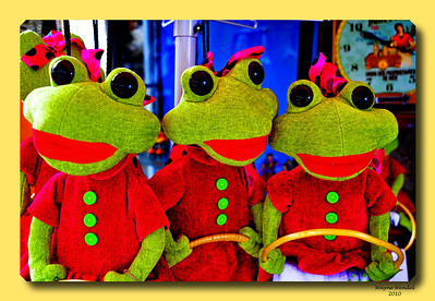 3_Frogs_Edited+D3S4059