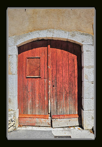 Coursegoules_old-door_D3S4276