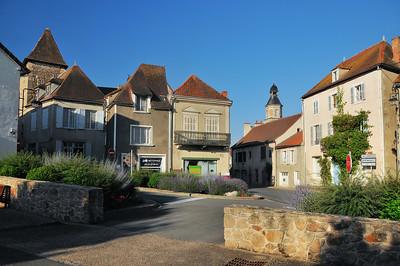 Chantelle - Place Saint-Nicolas