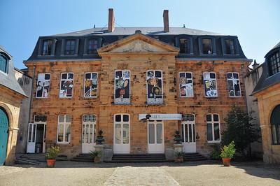Moulins - Rue Voltaire - Musée de l'Illustration Jeunesse