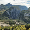 Grand canyon du Verdon - Non loin du Point Sublime - A gauche, le sommet de Breis