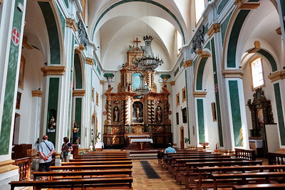 Anncey_France_2013_church-interior_DSC0364