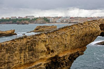 Biarritz, la grande plage depuis le rocher de la Vierge