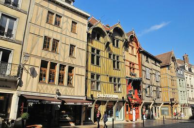 Troyes - Rue Emile Zola