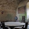 Château de Puivert - Salle des Gardes, avec cousièges