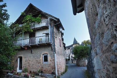 Salles-la-Source - Le Bourg