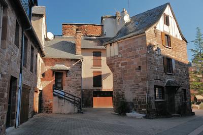 Marcillac-Vallon - Place de l'Eglise