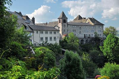 Mur-de-Barrez - Monastère Sainte-Claire