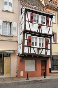 Wissembourg - Rue de la République - Maison penchée