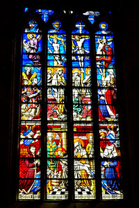 Beaune_Stained_Glass_Window_DSC0436