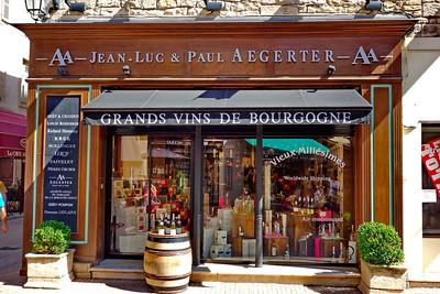 Beaune_wine_store_DSC0456