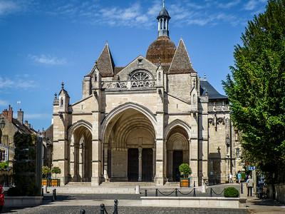 Collegialel Notre-Dame