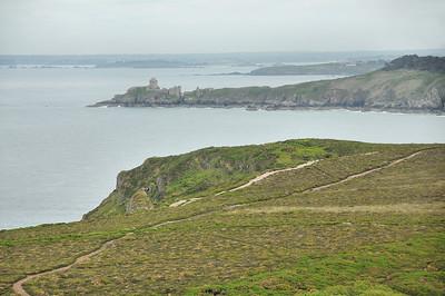 Fort La Latte (Roc'h Goueon) vu depuis le Cap Fréhel (Kab Frehel)
