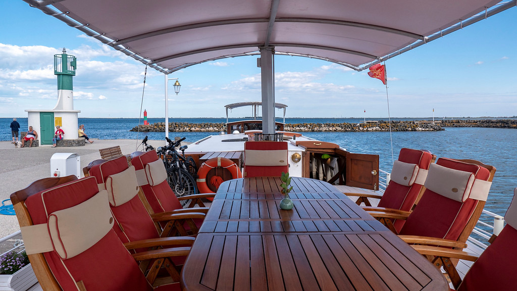 Sundeck of the Athos du Midi barge cruise