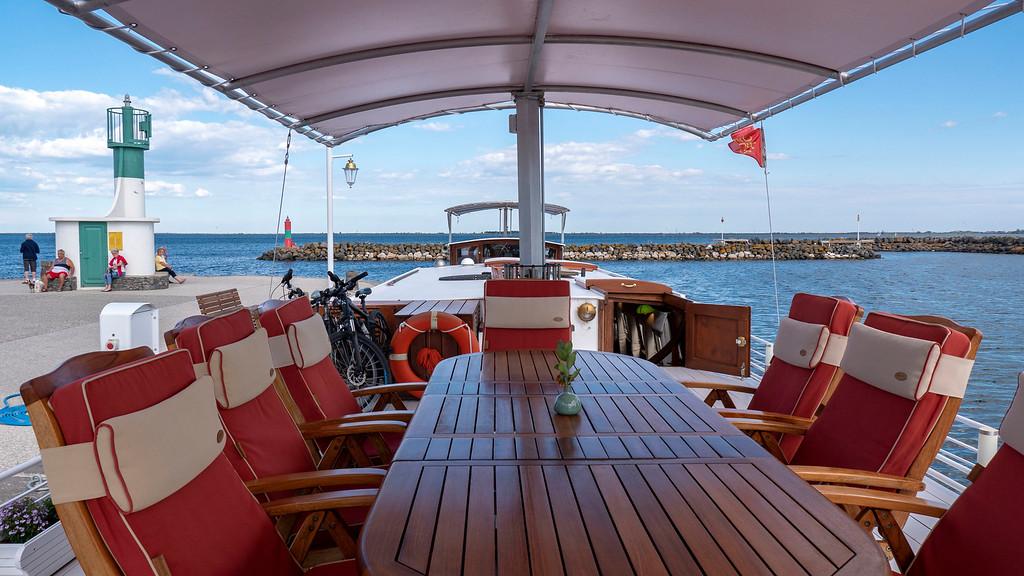 Sundeck of the Athos du Midi barge cruise