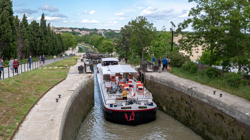 Athos du Midi traveling through the 9 Locks at Beziers, France