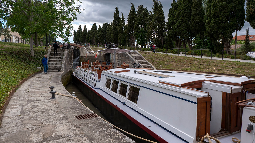 Athos du Midi in the 9 locks at Beziers, France