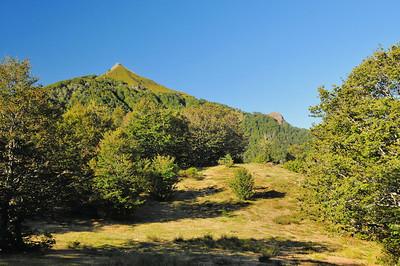 'Elancèze (1.680m) et le Courpou sauvage (1.490m)