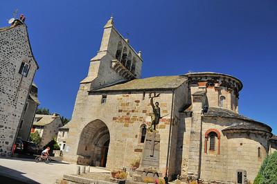 Saint-Urcize - Eglise Saint-Pierre-et-Saint-Michel
