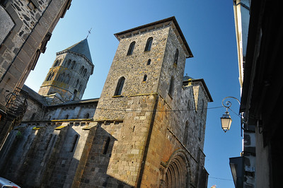 Mauriac - Basilique Notre-Dame-des-Miracles