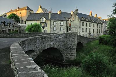 Vieux pont d'Allanche