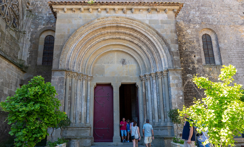 Basilica of Saints Nazarius and Celsus - Cathedral of Carcassonne - Impressive entrance to the church