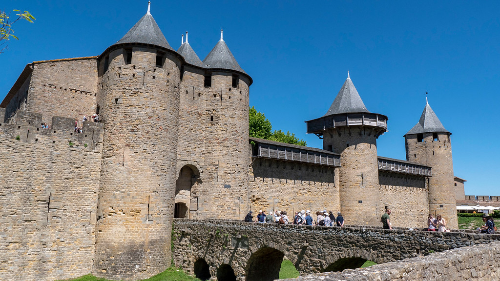 What to do in Carcassonne - Visit the Castle