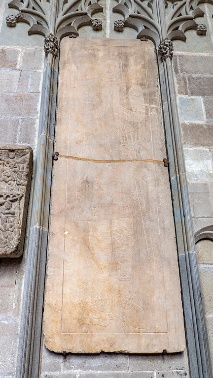 Basilica of Saints Nazarius and Celsus - Cathedral of Carcassonne - Tablet of Simon de Montfort
