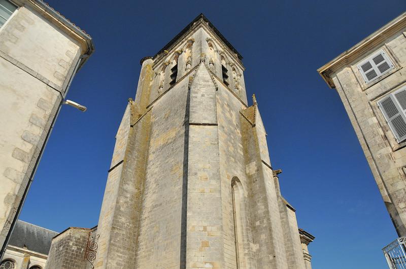 La Rochelle - Rue Aufredi - Clocher Saint-Bathélemy