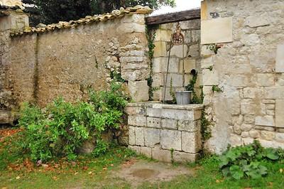 Talmont-sur-Gironde - Vieux puits