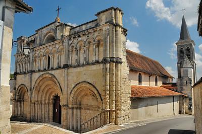 Aubeterre-sur-Dronne - Eglise Saint-Jacques