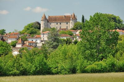 Montmoreau-Saint-Cybard et son château