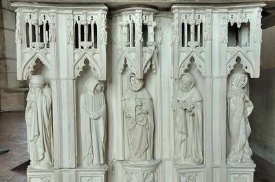 Bourges - Palais de Jacques Cœur - Salle d'apparat - Détail du tombeau du duc Jean de Berry reconstitué
