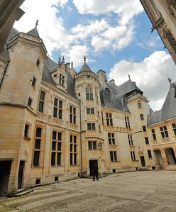 Bourges - Palais de Jacques Cœur - Cour intérieure