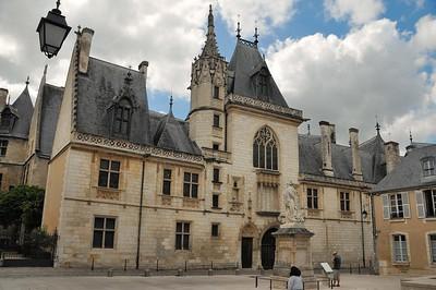 Bourges - Rue Jacques Coeur - Palais de Jacques Coeur