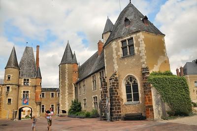 Aubigny-sur-Nère - Château des Stuart